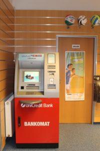 юникредит банк санкт-петербург рефинансирование ипотеки приподнятой платформе